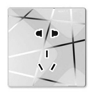 智能墙面插座(3+2)